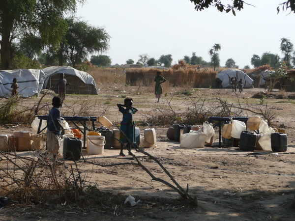 Children at water point in Chad